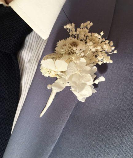 Boutonnière de mariage en fleurs naturelles - Accessoire mariage homme en fleurs séchées et stabilisées - Les Fleurs Dupont