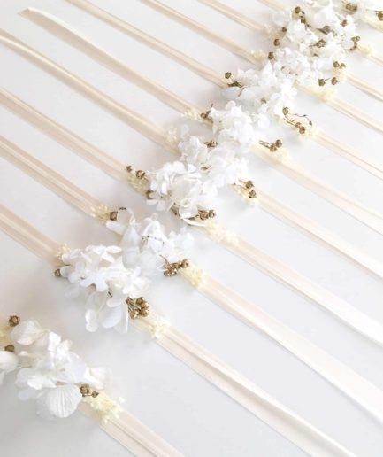 Bracelets de demoiselles d'honneur en fleurs séchées et stabilisées