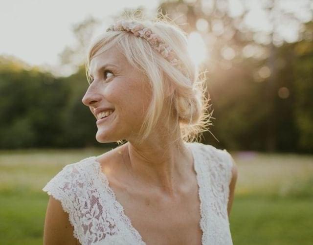 Couronne de fleurs de mariage Lilla portée par Ondine notre mariée