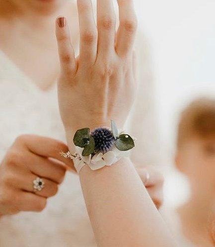Bracelet de demoiselle d'honneur Céleste aux tons bleus