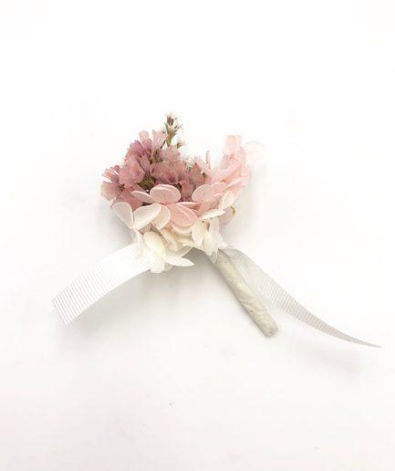 Boutonnière de marié Lilla en fleurs séchées françaises