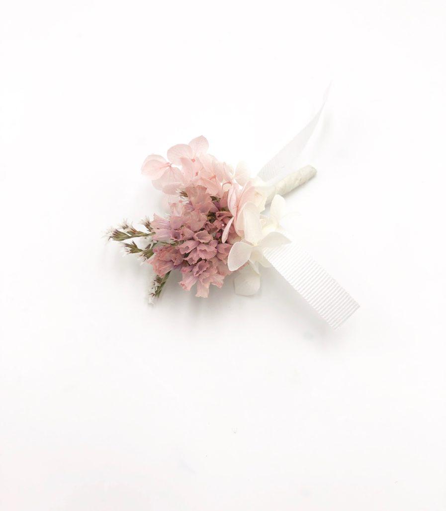 Boutonnière de mariage en fleurs Lilla - pour le marié