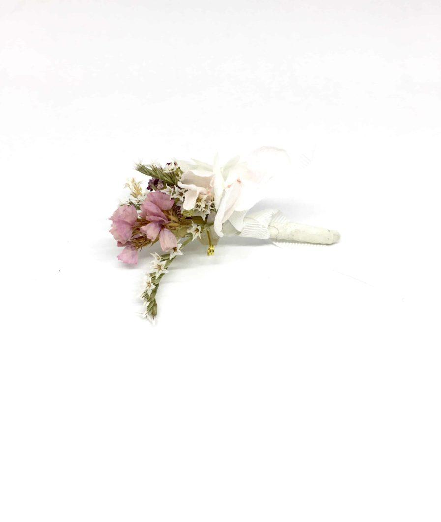 Boutonnière du marié Lilla - Fleurs séchées et stabilisées - Les Fleurs Dupont