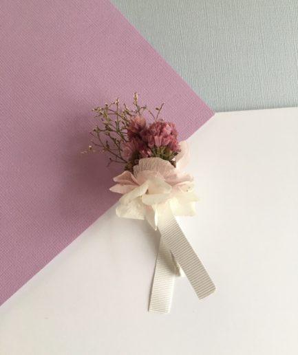 Boutonnière du marié Lilla - Fleurs séchées et stabilisées