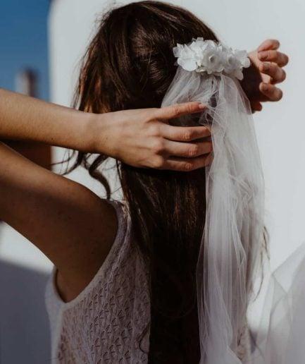 Voile de mariée fleuri Sarah - Photo Anaïs Nannini - L'amoureuse by Ingrid Fey et les Fleurs Dupont