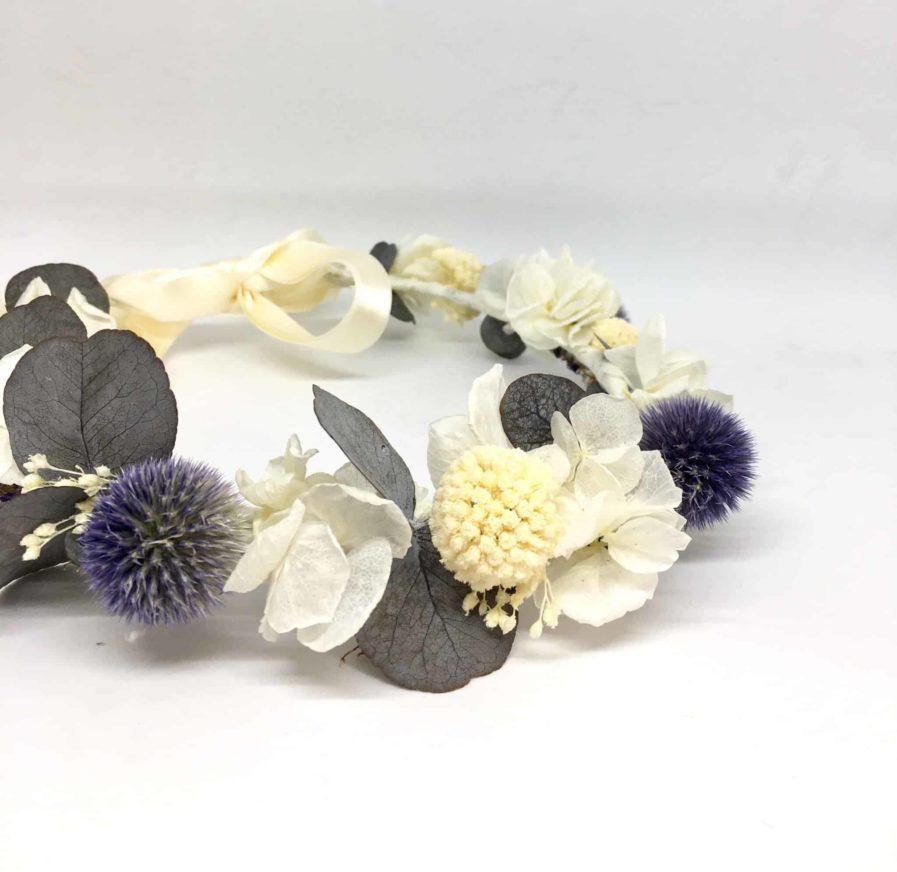 Couronne de mariage Céleste - Couronne de mariage en fleurs séchées et stabilisées - Tons bleus et blancs - Les Fleurs Dupont