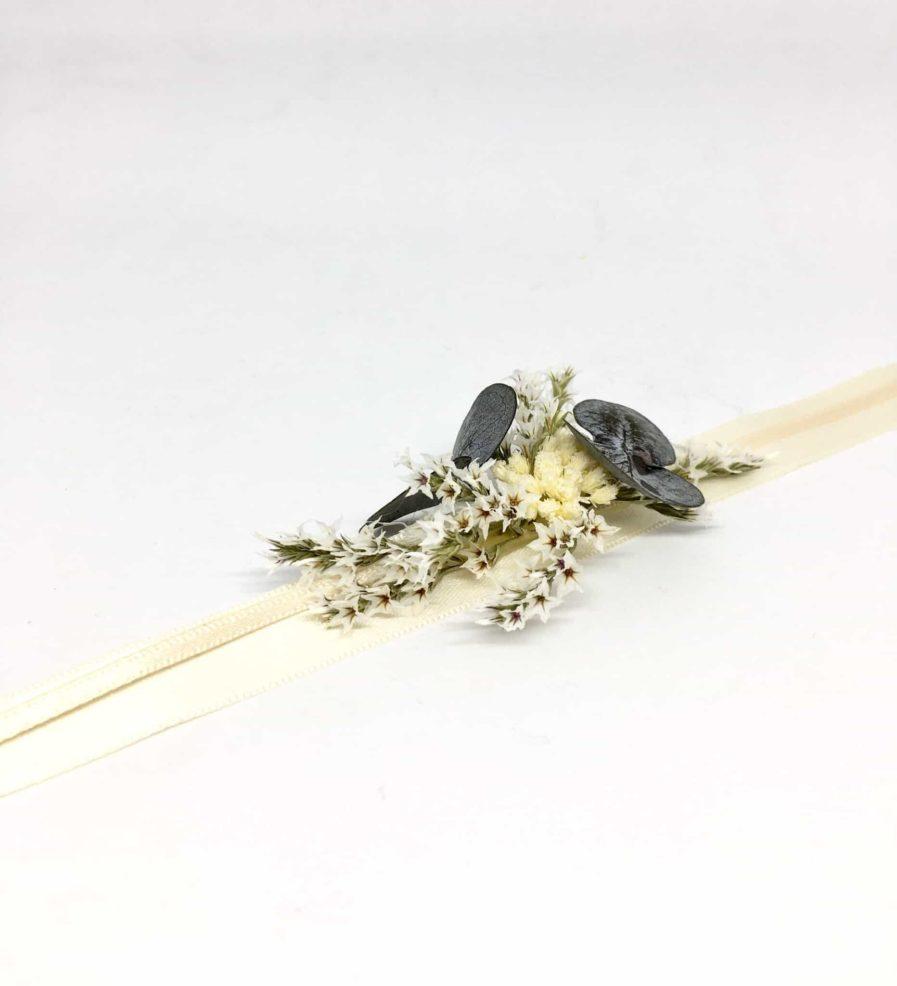 Bracelet de demoiselles d'honneur Céleste - Collection Couture - Demoiselles d'honneur - Tons bleus et ivoire - Fleurs séchées et stabilisées