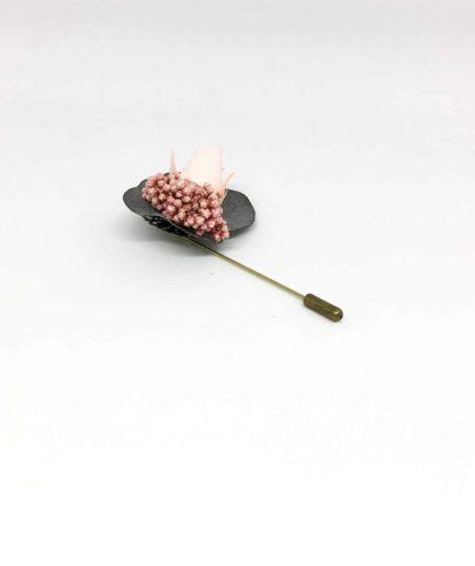 Boutonnière en fleurs Pancrace s - Accessoire du marié et des témoins - Les Fleurs Dupont