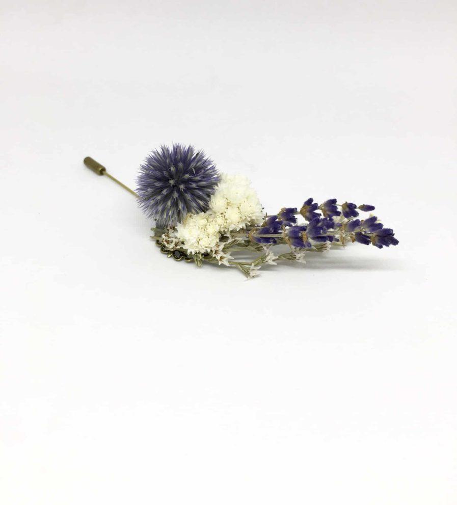 Boutonnière en fleurs Cyriaque - Accessoire du marié et des témoins - Pic à cravate
