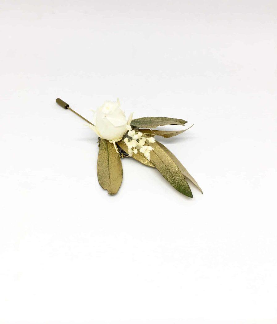 Boutonnière en fleurs Tiburce - accessoire pour les mariés et les témoins - Un mariage de gentleman