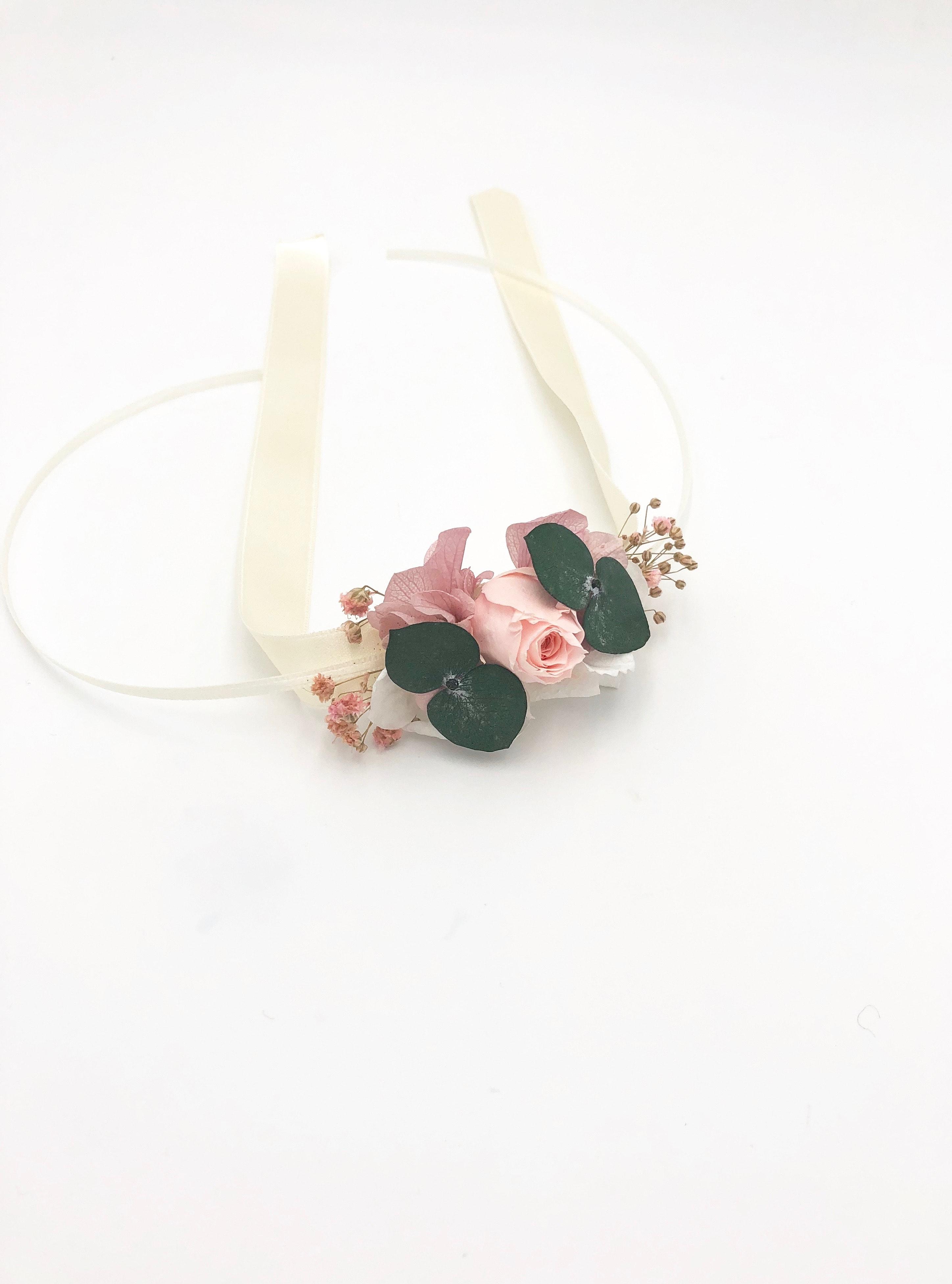 bracelet de demoiselles d 39 honneur confetti en fleurs. Black Bedroom Furniture Sets. Home Design Ideas