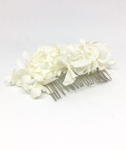 Peigne de mariée Nive en fleurs stabilisées, immaculé et blanc - Mariage chic