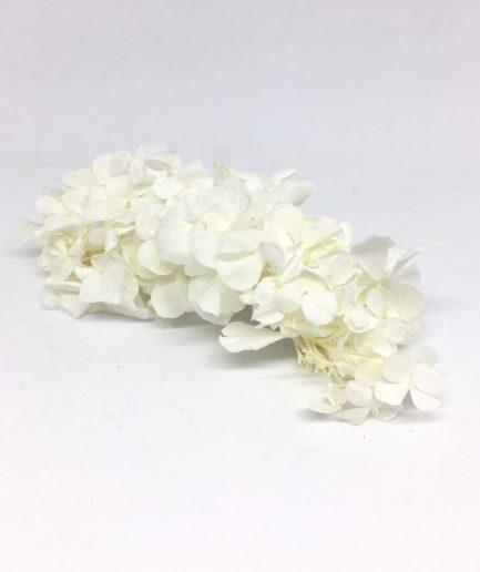Peigne de mariée Nive en fleurs stabilisées, immaculé et blanc - Mariage chic et pur