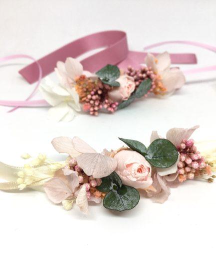 Bracelet de demoiselles d'honneur Confetti en fleurs stabilisées- Les Fleurs Dupont