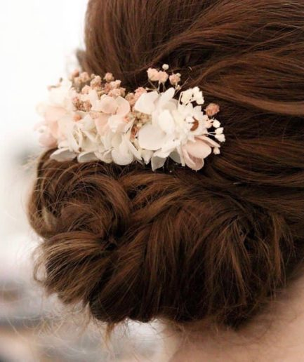 Peigne fleuri Candi aux tons roses