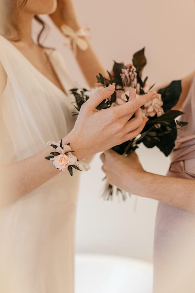 Bracelet avec rose stabilisée Lima