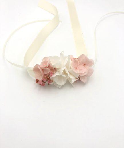 Bracelet de demoiselles dhonneur Candi en fleurs stabilisées