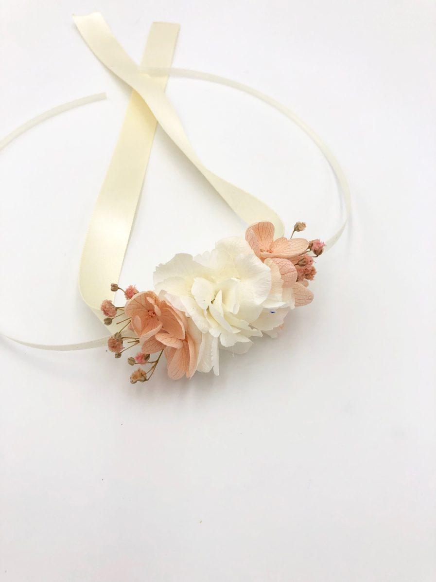Bracelet demoiselles d'honneur Candi en fleurs stabilisées