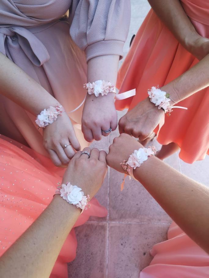 Bracelet en fleurs stabilisées Candi - mariée Pauline et ses demoiselles d'honneur