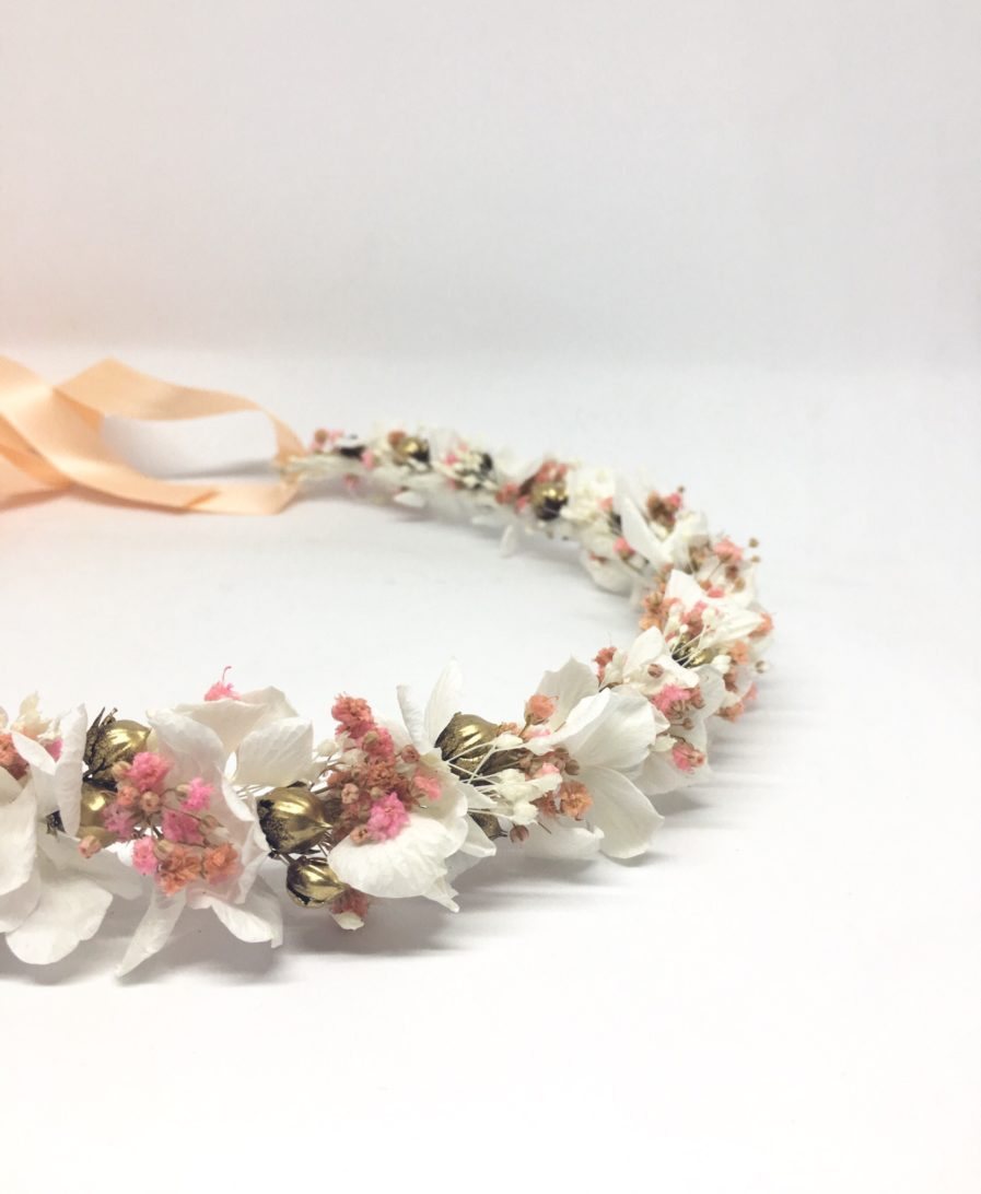 Couronne de fleurs Candi Dorée - pour un mariage en fleurs séchées et stabilisées