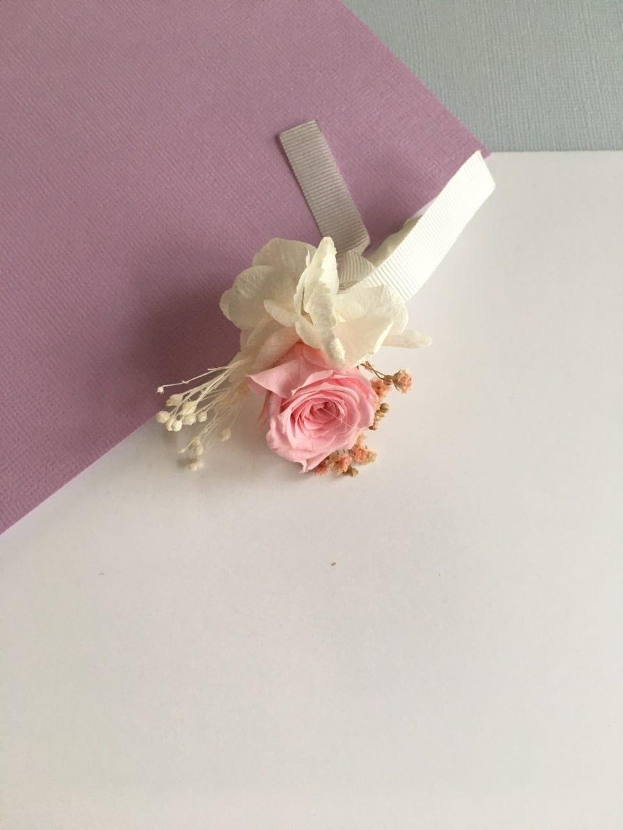 Boutonnière de marié Lima en fleurs stabilisées - Les Fleurs Dupont - Rose couleur rose