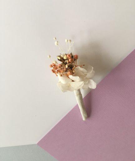 Boutonnière en fleurs Candi dorée - Pour le marié et ses témoins et invités