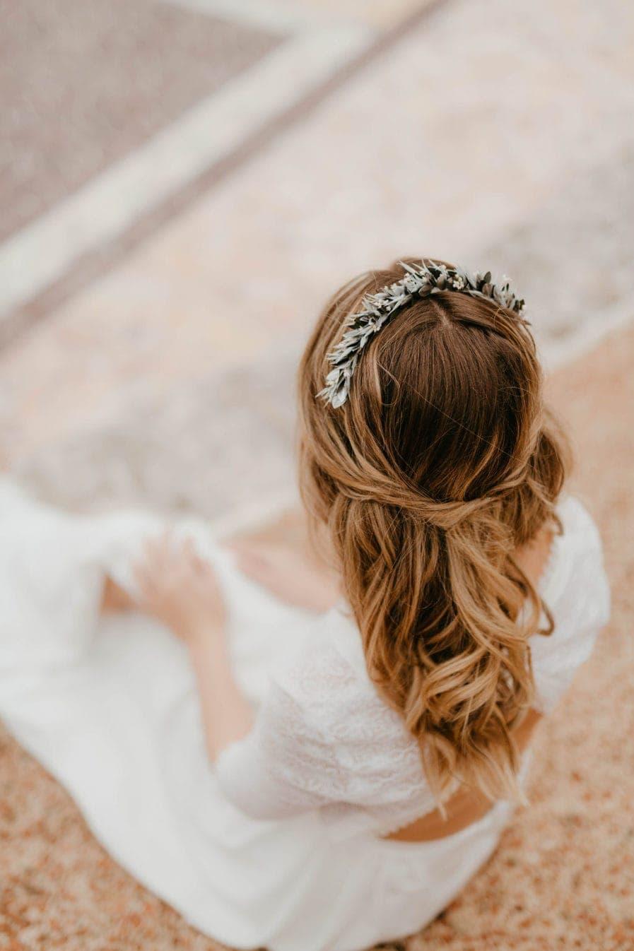 Headband de fleurs Turquin - Les Fleurs Dupont - Anaïs Nannini - Tons bleus et argentés