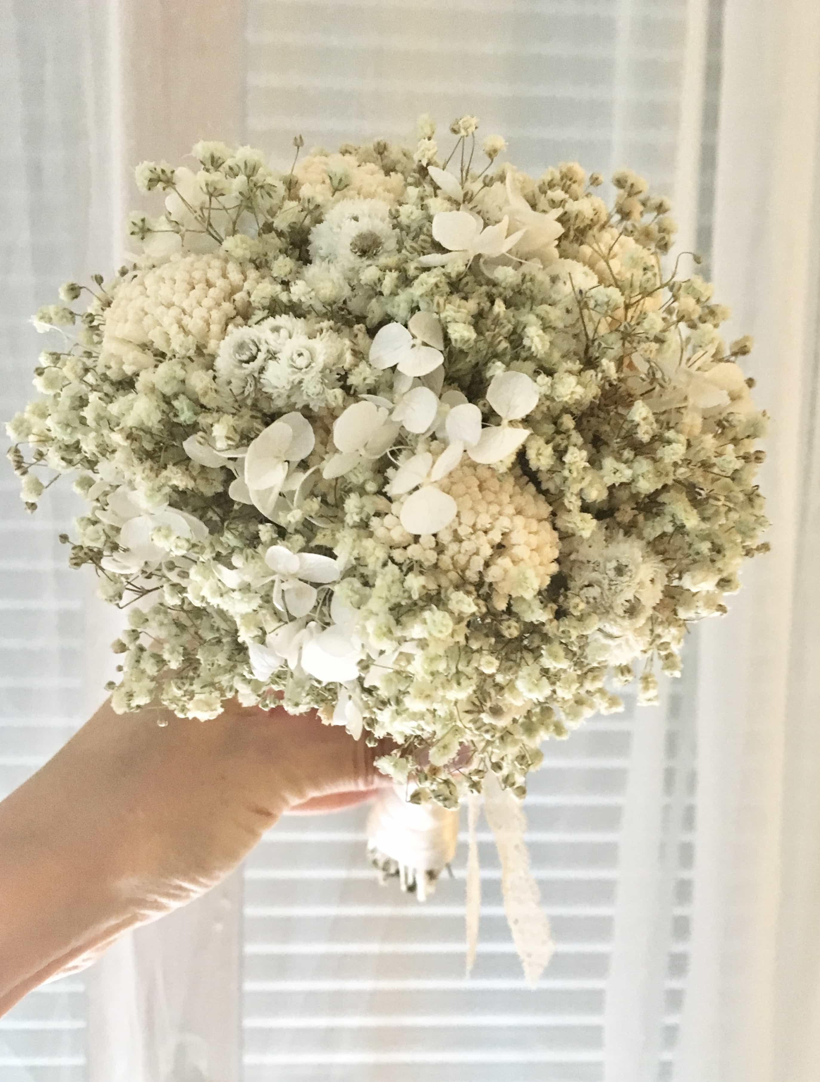 vente chaude réel quantité limitée meilleures baskets Bouquet de la mariée Immortelle en fleurs séchées - Les Fleurs Dupont
