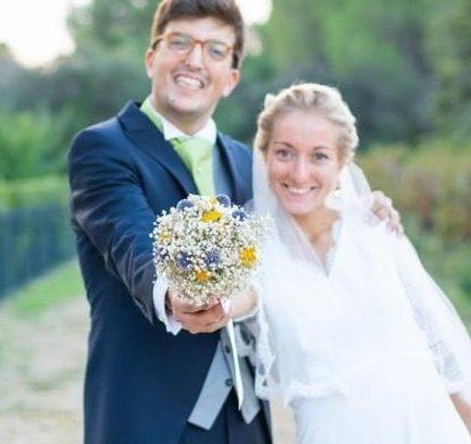 Bouquet de la mariée Violine en fleurs stabilisé - Tons bleus et moutardees - Les Fleurs Dupont