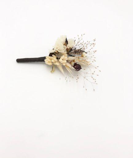 Boutonnière en fleurs séchées Ebora