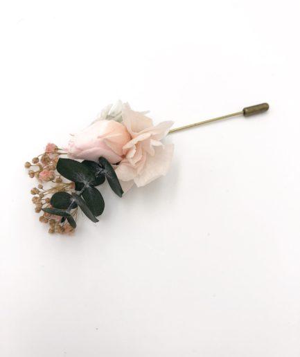 Boutonnière en fleurs Confetti - Fleurs stabilisées naturelles