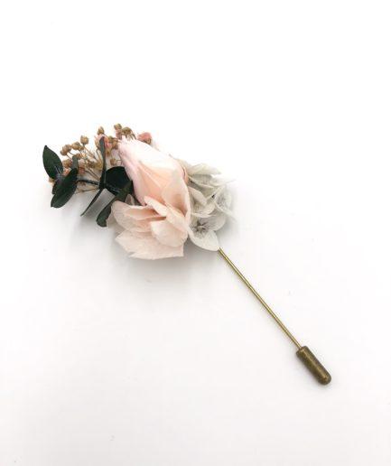 Boutonnière en fleurs Confetti - Les Fleurs Dupont - Mariage romantique