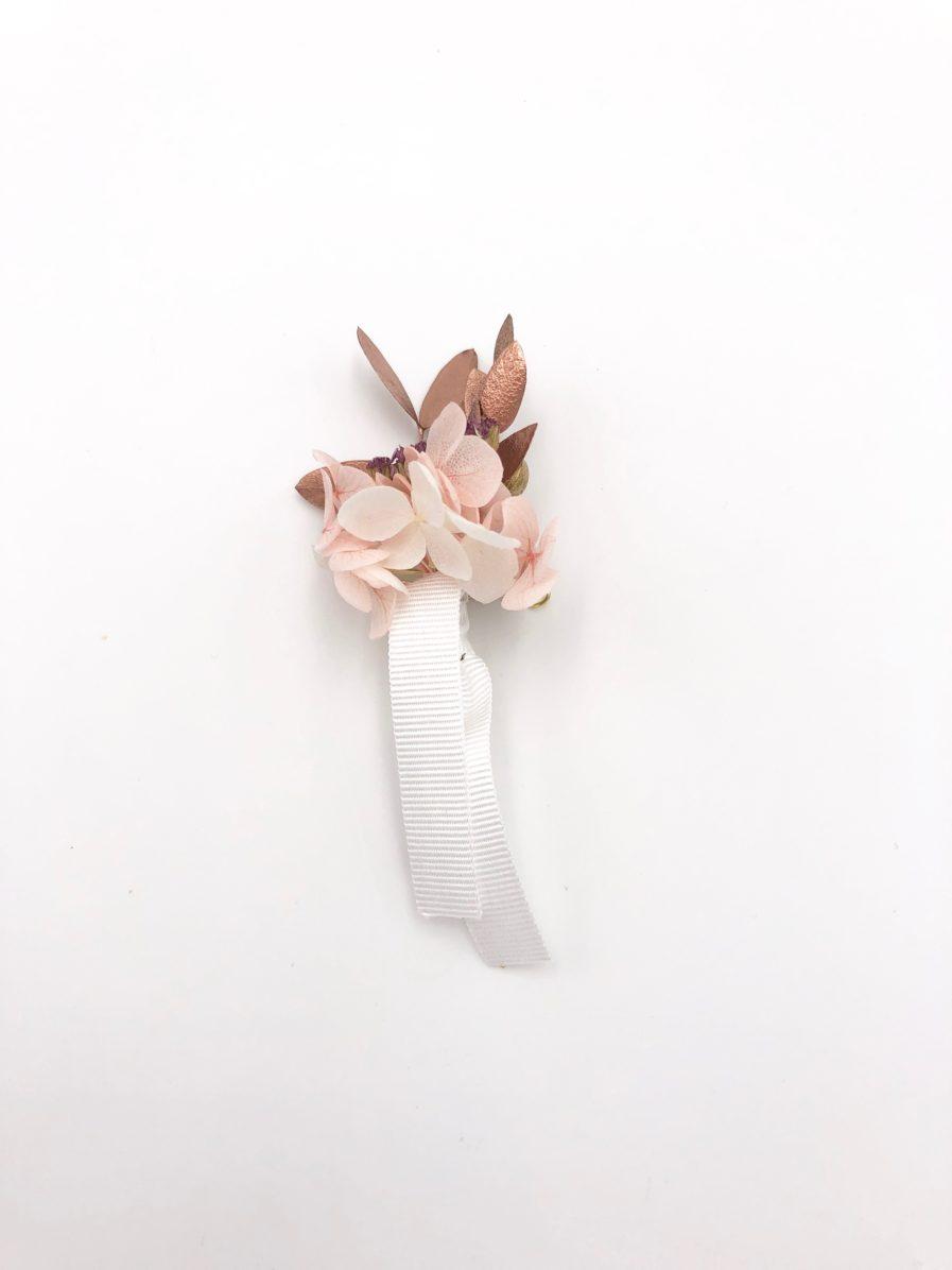 Boutonnière en fleurs Phyra - Les Fleurs Dupont