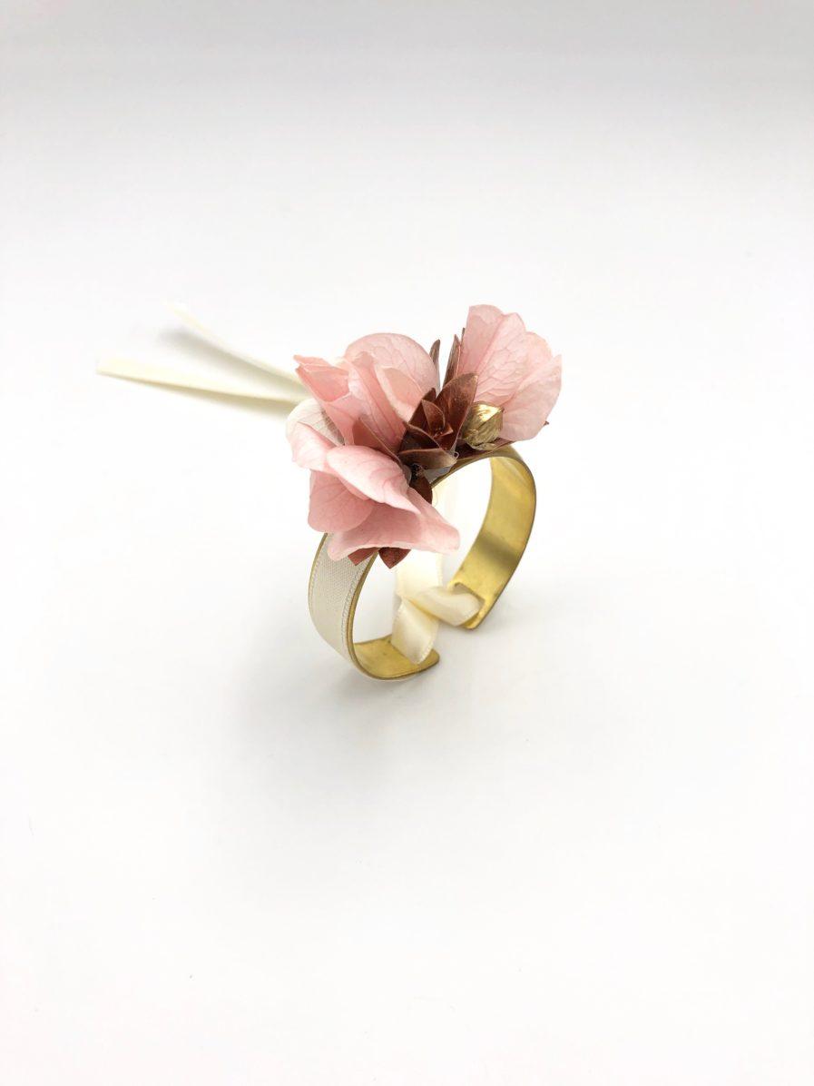 Bracelet jonc fleuri Phyra pour la mariée et demoiselles d'honneur