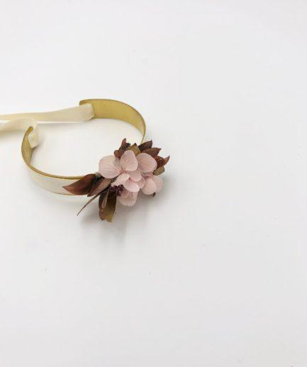Bracelet jonc fleuri Phyra en fleurs stabilisées - Les Fleurs Dupont