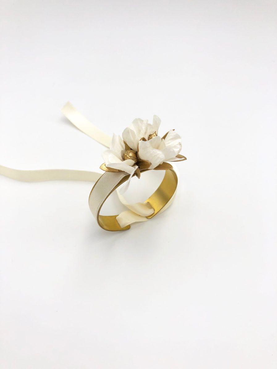 Bracelet jonc fleuri de mariée Ori - Les Fleurs Dupont