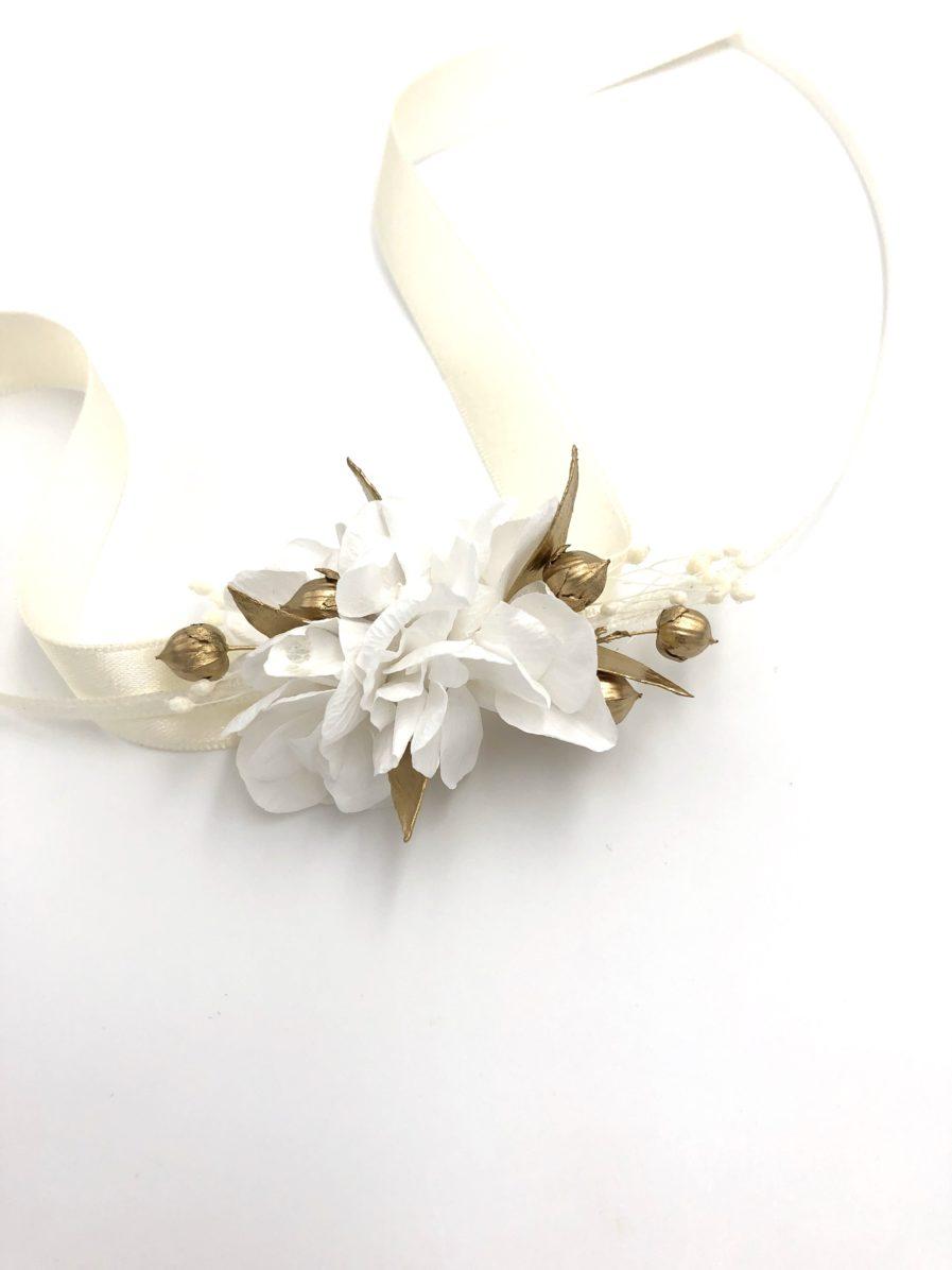 Bracelet de demoiselles d'honneur Ori en fleurs stabilisées et séchées