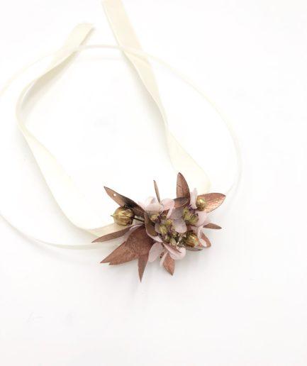 Bracelet de demoiselles d'honneur Phyra en fleurs séchées