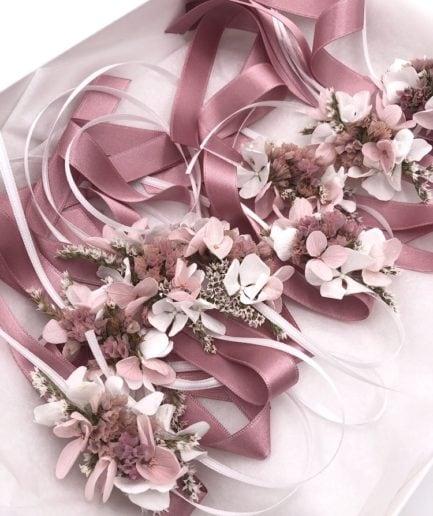 Bracelets de demoiselle d'honneur Lilla en fleurs séchées
