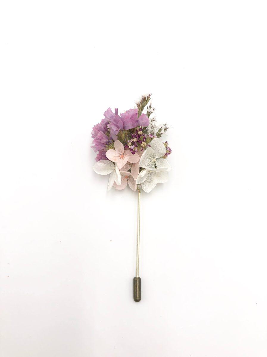 Boutonnière en fleurs Lilla - marié et témoins