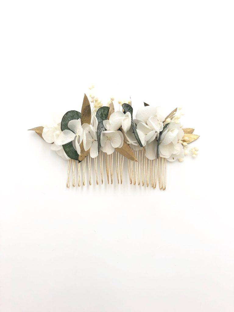 Peigne de fleurs stabilisées Opaline aux tons végétal et blanc