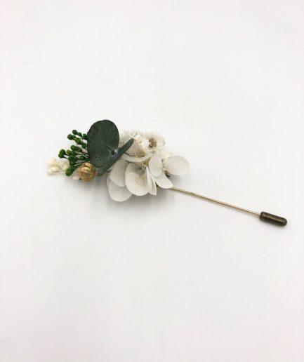 Boutonnière en fleurs séchées et stabilisées Minthé pour le marié et les témoins