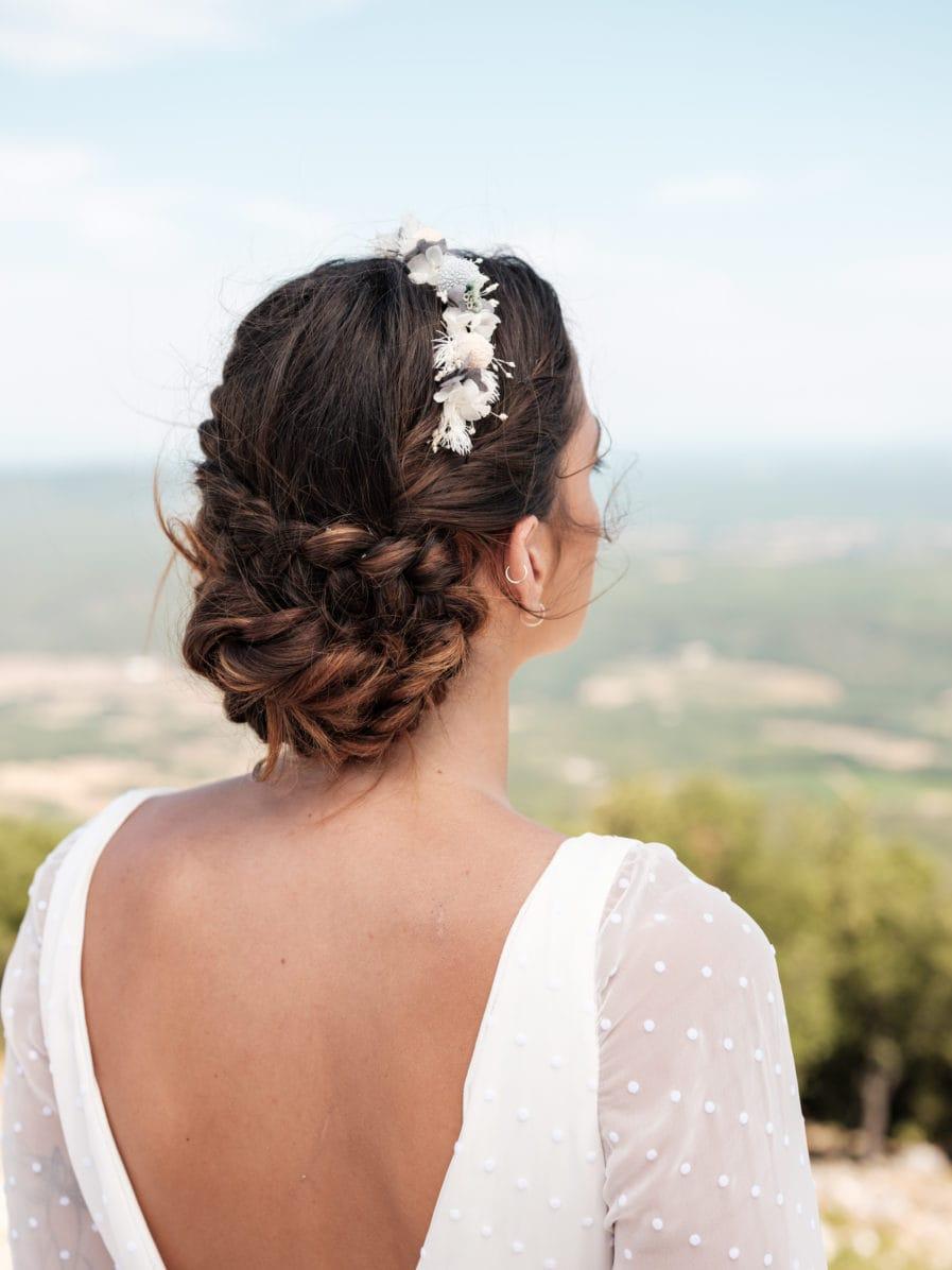 Headband de fleurs stabilisées bleues et blanches - Photo Ilan Dehé - Les Fleurs Dupont