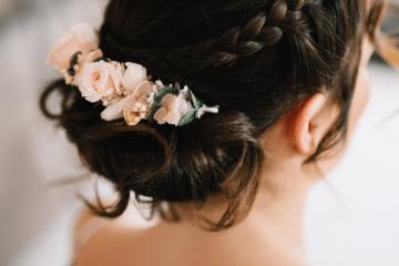 Photo-Elodie-Froment-Barrette-Personnalisée en fleurs stabilisées