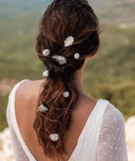 pic à cheveux en fleur stabilisée Craspedia bleu Horizon - Pics à chignon de mariage