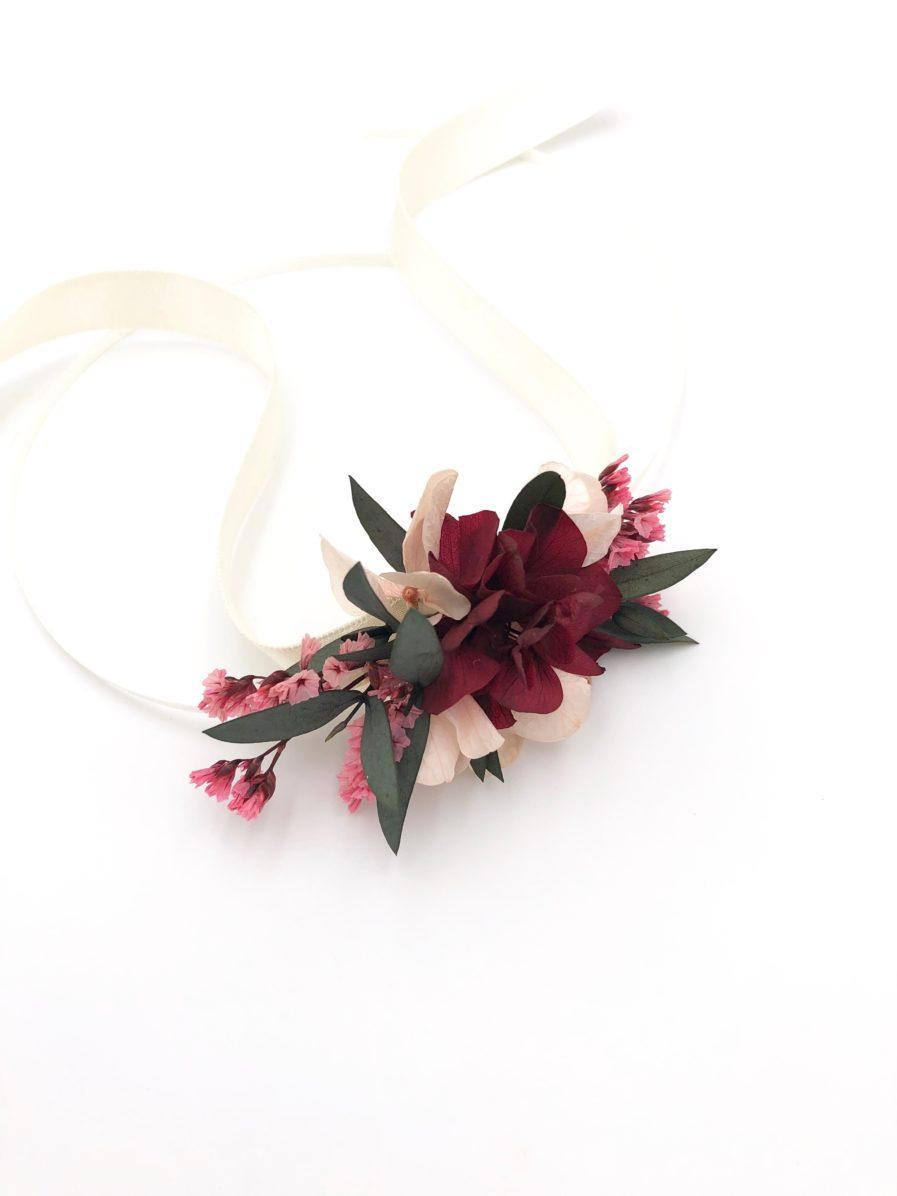 Bracelet en fleurs Carmin pour les demoiselles d'honneur