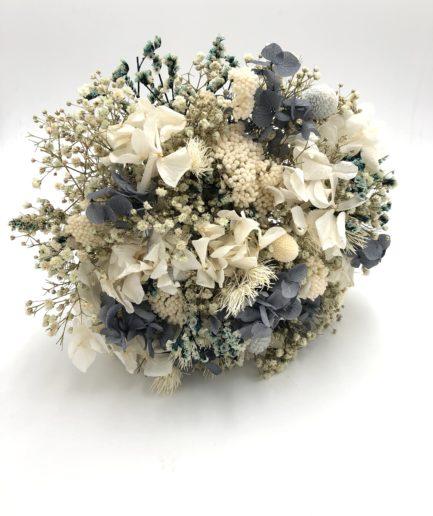 Bouquet de la mariée en fleurs stabilisées Horizon aux tons bleus