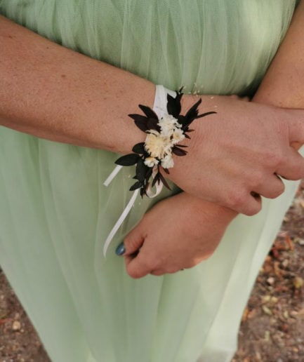 Bracelet en fleurs séchées Ebora pour la demoiselle d'honneur - Mariée Caroline