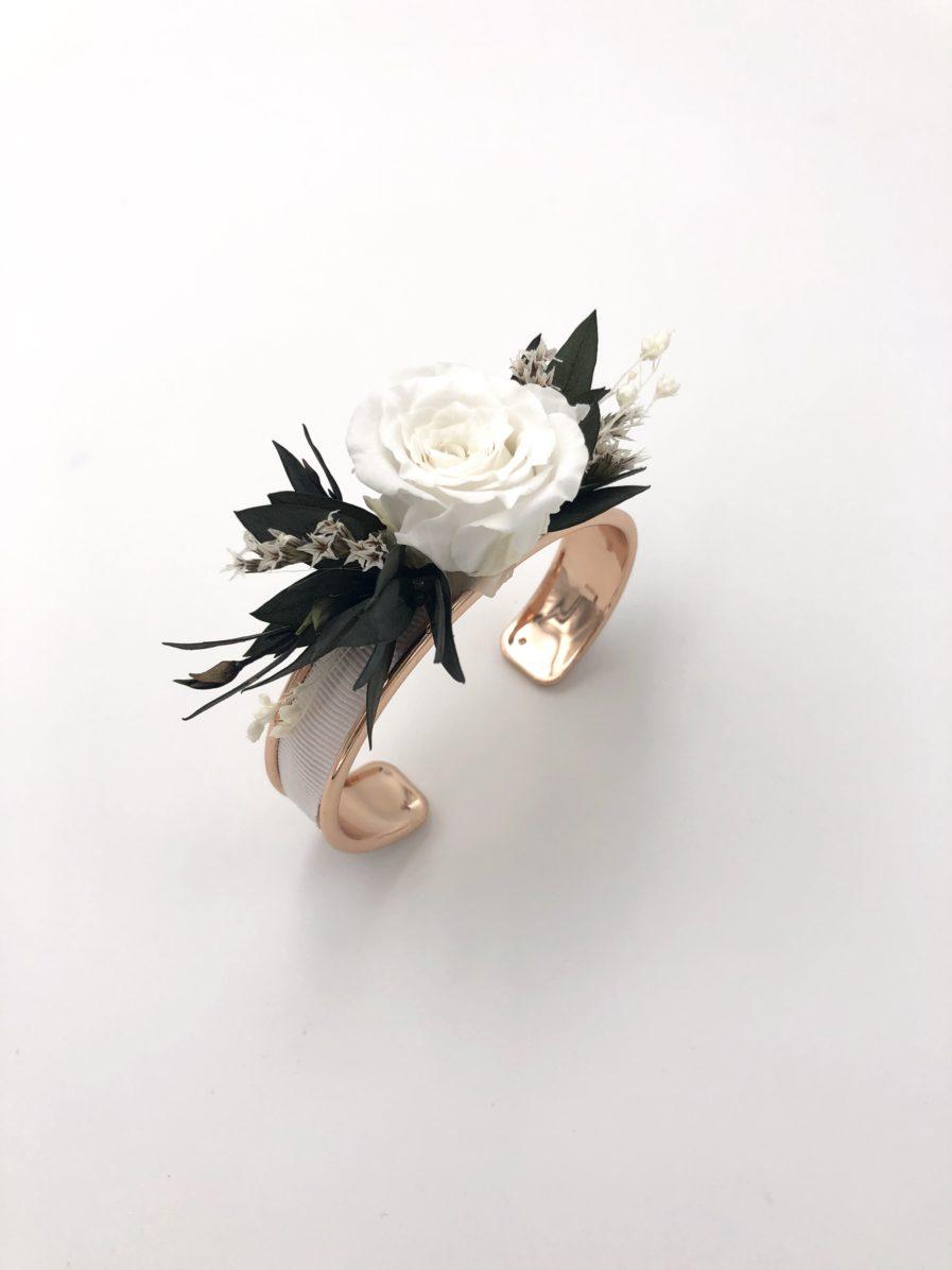 Bracelet jonc Foglia en fleurs stabilisées pour la mariée