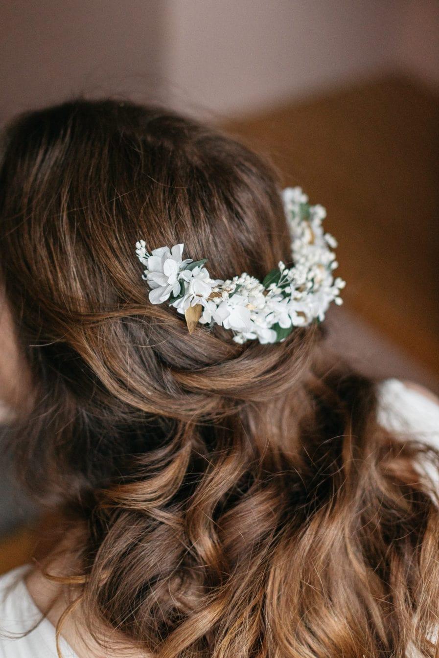 Peigne en fleurs stabilisées Opaline long
